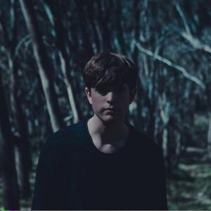 James Blake Hangin in the dark